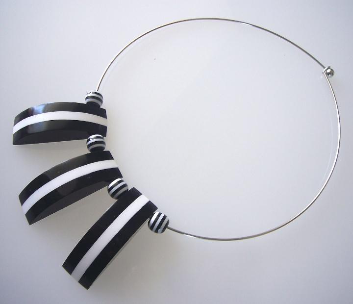 AMICI nero – bianco